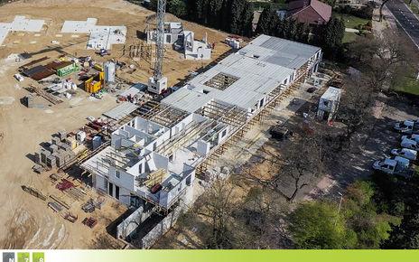 De werken aan het appartementsgebouw én de woningen zijn in volle uitvoering