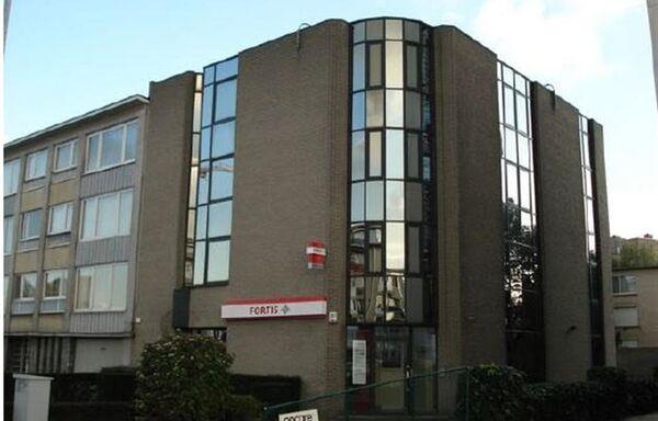 Kantoorgebouw te koop in Antwerpen (Deurne)
